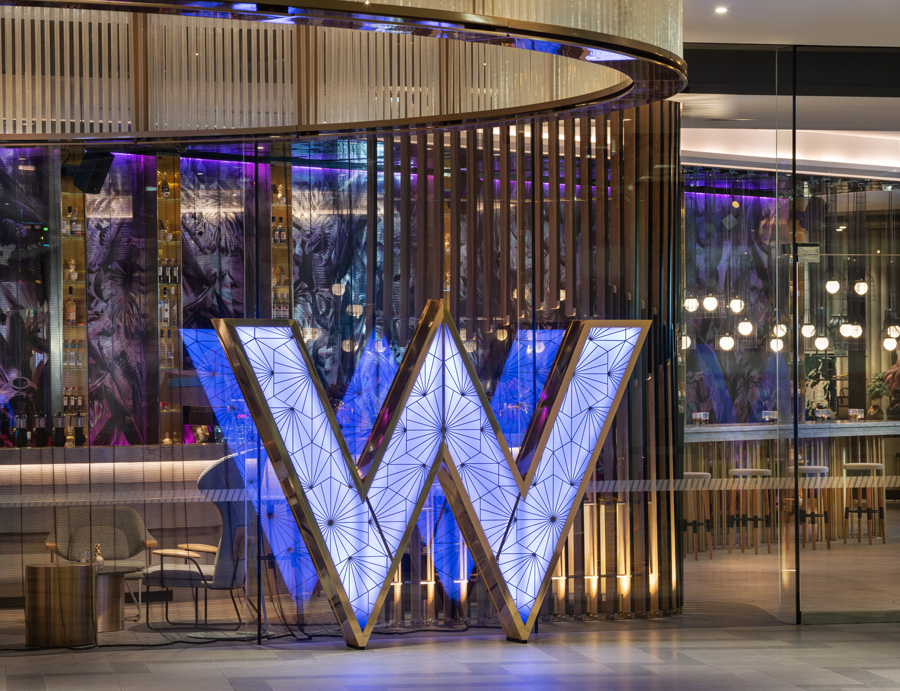 W Hotel Brisbane's 'Wonderful King Room' Mixbar